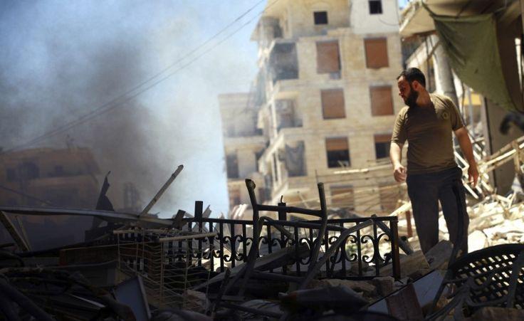 Cartoline dalla Siria. Le immagini più significative dalla guerra civile. (Reuters/Stringer)