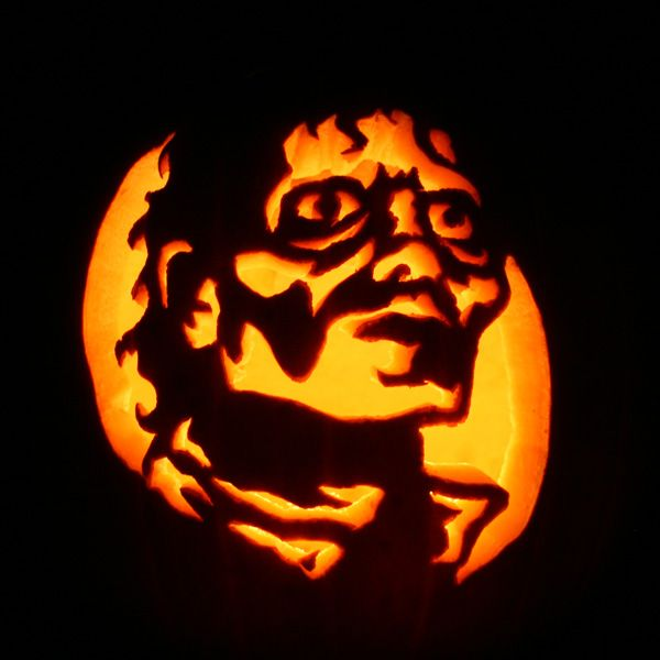 Zombie pumpkins! - Michael Jackson from Thriller carved pumpkin!