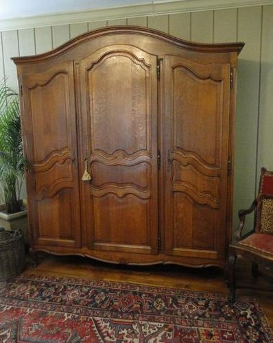 Antique French Country ARMOIRE WARDROBE ~Solid Tiger Oak ~Carved 3 Door ~Fitted & 37 best LINEN ARMOIRES images on Pinterest | Portuguese Antique ... Pezcame.Com