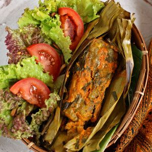 Pepes, Cooked food in banana-leaf, West Java, Indonesian Food
