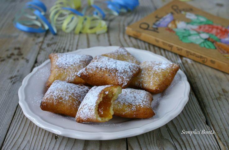 Le bugie ripiene sono un dolce tipico piemontese nascondono un ripieno di marmellata di albicocche , e sono un dolce caratteristico del carnevale