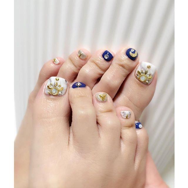 newnail selfnail nailchange footnail 大理石ネイル フットネイル セルフ