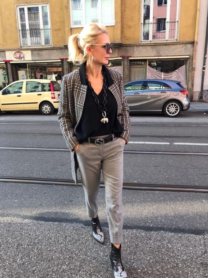 Kleine Frau Sehr Gross 2019 2020 Kleidung Frauen Ubergrossen Mode Mode Fur Kleine Frauen