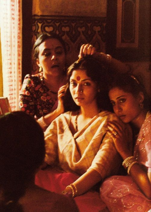 Shabana Azmi and Smita Patil