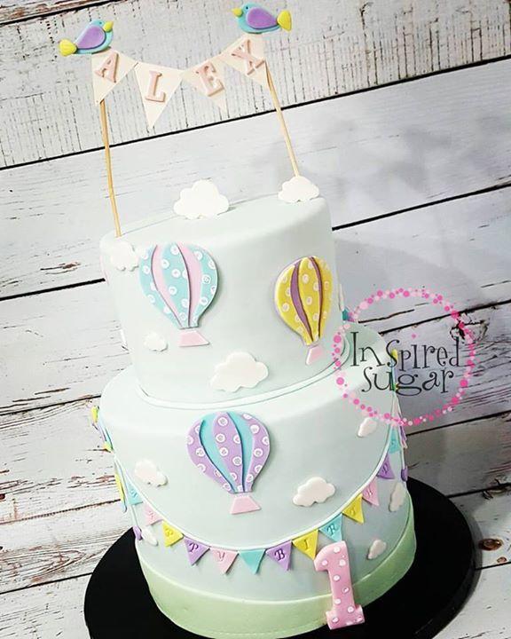 Hot air balloon cake