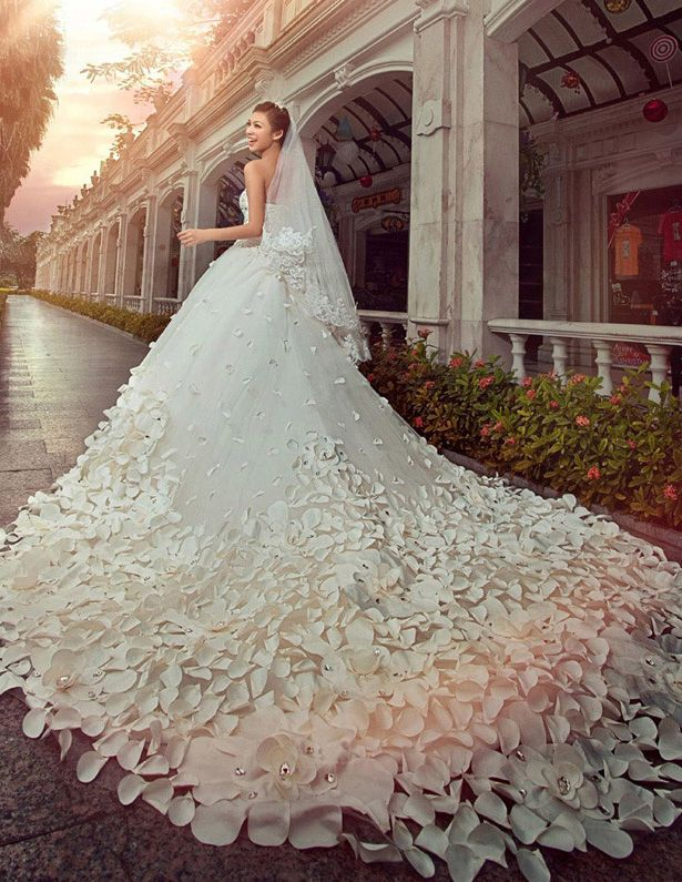 A-line/Princess Strapless Cathedral Train Wedding Dress (Satin/Tulle) [1115030003] - $600.00 : Veaul.com