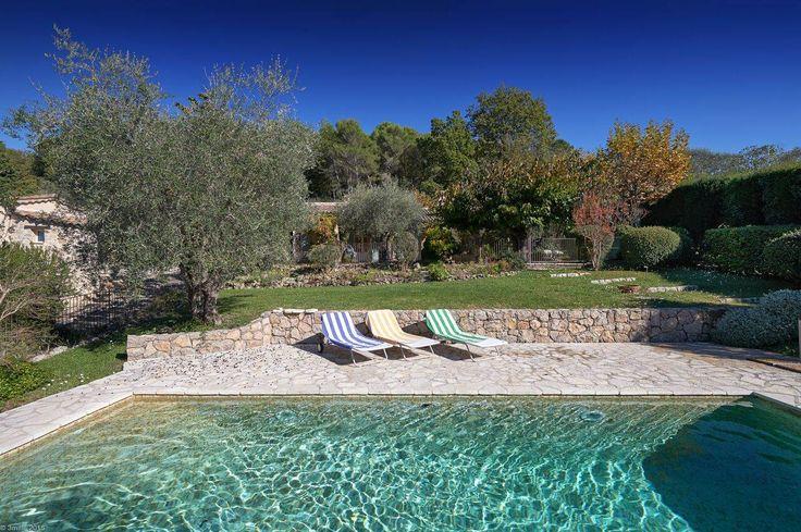 Casa de Julia Child na França está à venda com a cozinha intacta!