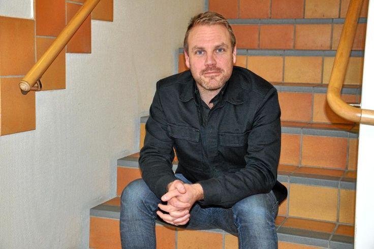 När Jacob Langvik slutade jobba som pastor och inte längre gick till kyrkan upptäckte han att flera unga vuxna både från barndomsförsamlingen i Värnamo och andra församlingar gjort detsamma. Varför? Svaren har blivit en bok han hoppas ska leda till samtal.