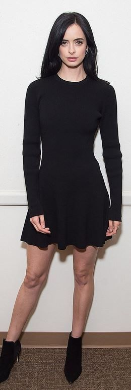 Who made Krysten Ritter's black dress?
