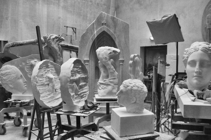 Michal Jackowski, Pracownia/Workshop, 2017 #sculptures #artist #workshop #rzezba #humans #antique