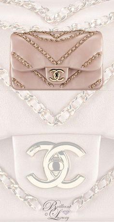 Brillanter Luxus von Emmy DE Chanel Hellgold Metallic Lammfell Flap Bag FW 2016 …