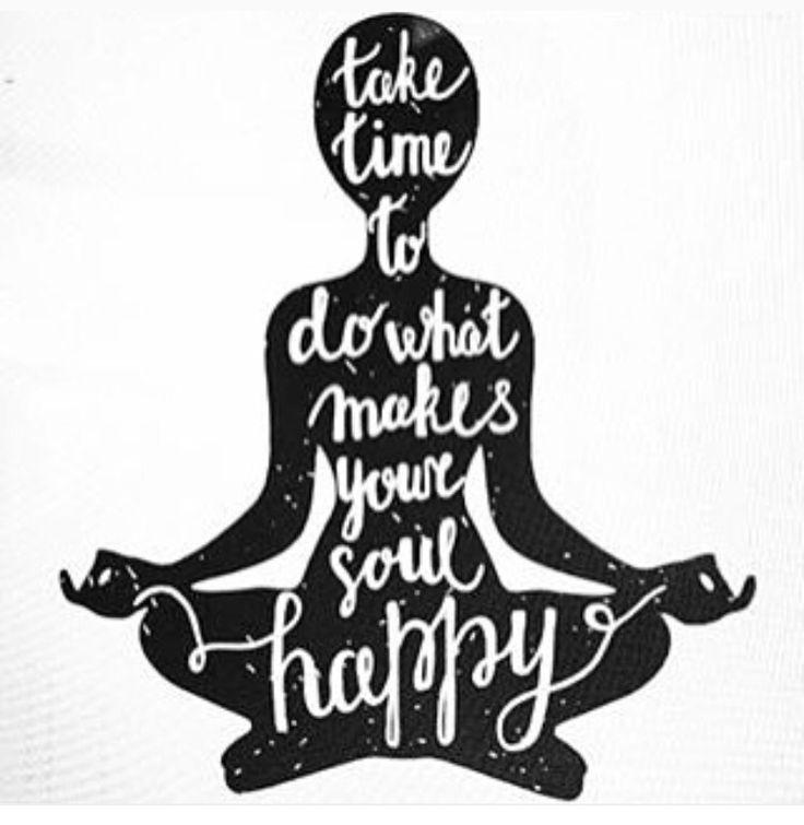 Happy Friday! Breathe, be aware, be happy❤️ #breathe #Om #namaste #happy #love #yoga
