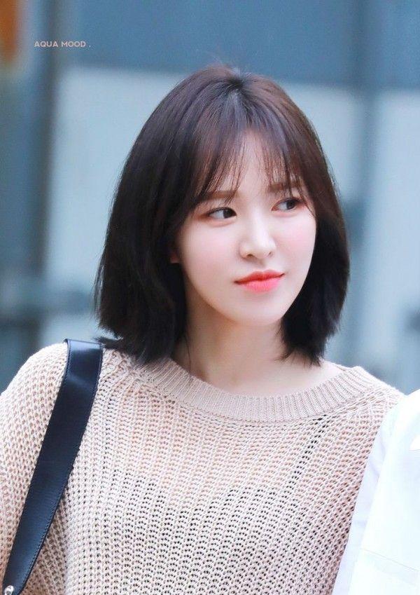 12 Idol Kpop Cerdas Ini Bakal Bikin Kamu Semangat Belajar Wendy Red Velvet Kpop Short Hair Red Velvet