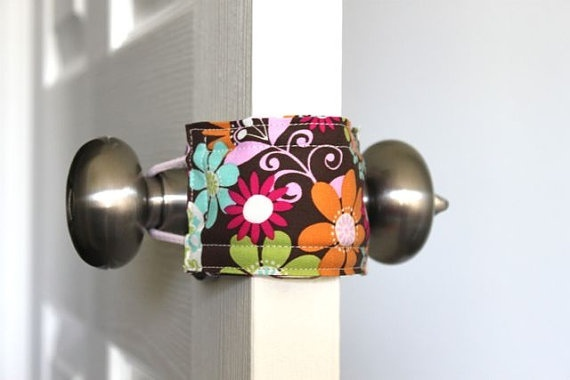 door lock cover, babies, baby proof, latch.  OMG what a fabulous idea! No worries about baby getting closed into a room - this prevents the latch from engaging. for-the-home