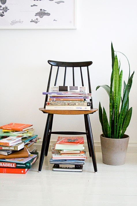 Tapiovaara chair & books <3
