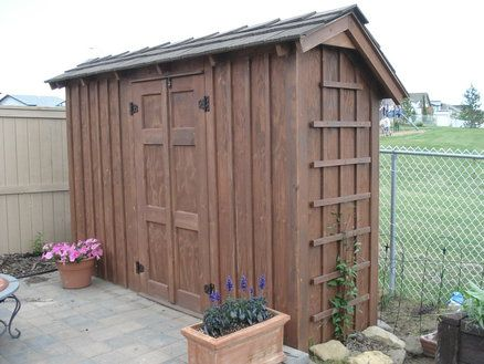 17 best images about pretty garden sheds on pinterest for Narrow storage shed