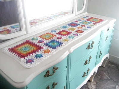 Camino de mesa tejido al crochet Crochet Table Runner