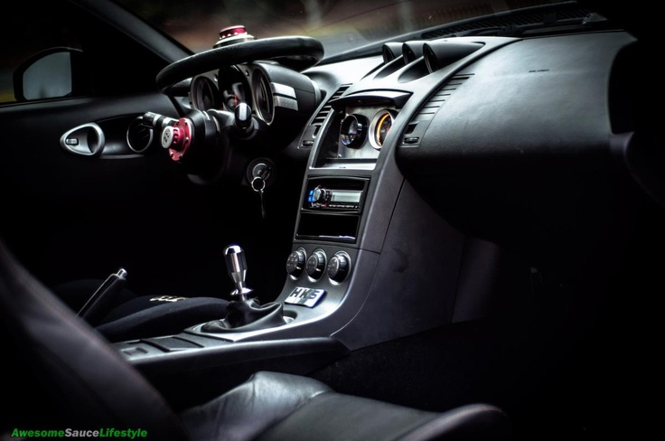 Sick 350z interior 350z pinterest interiors for Interieur 350z