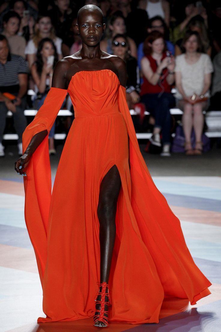 Christian Siriano dark skinned model Spring 2017 Ready-to-Wear Fashion Show