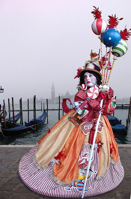 ~Circus Costume, Venezia Carnavale 2008 by Batistini Gaston, via Flickr~