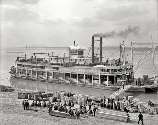 "The Ohio River circa 1905. ""The levee -- Louisville, Kentucky. Sternwheeler Georgia Lee."" 8x10 glass negative, Detroit Publishing Co."