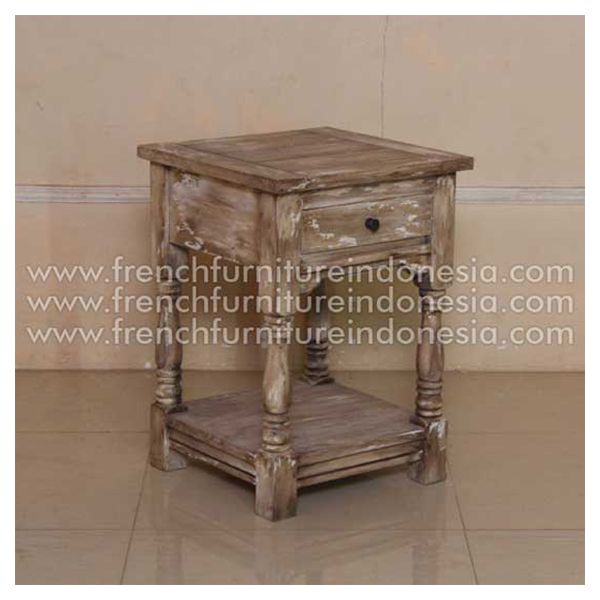 Order Getwick from Jepara Furniture. We are reproduction 100 % export Furniture manufacture with French furniture style and high quality Finishing. This bedside is made from mahogany woods with good quality and good design has a strong contruction. #JeparaFurniture #MahoganyFurniture #FurnitureWarehouse #ExporterFurniture #IndustrialFurniture