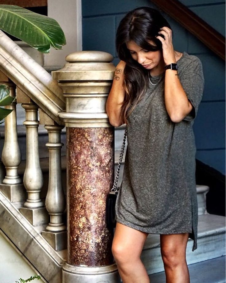 Ma robe @mango à 7€ ( qui est un tee shirt long en fait ) est sur le blog :) retrouvez le lien dans la rubrique Shop mon style sur le blog www.dorisknowsfashion.com .Abonne toi A mon profil sur http://liketk.it/2oJ8w @liketoknow.it #liketkit et recois par mail tous mes looks #ootd #outfit #fashionblogger #look #mode #blogger #barcelone #dress #sales #girl #love #travel