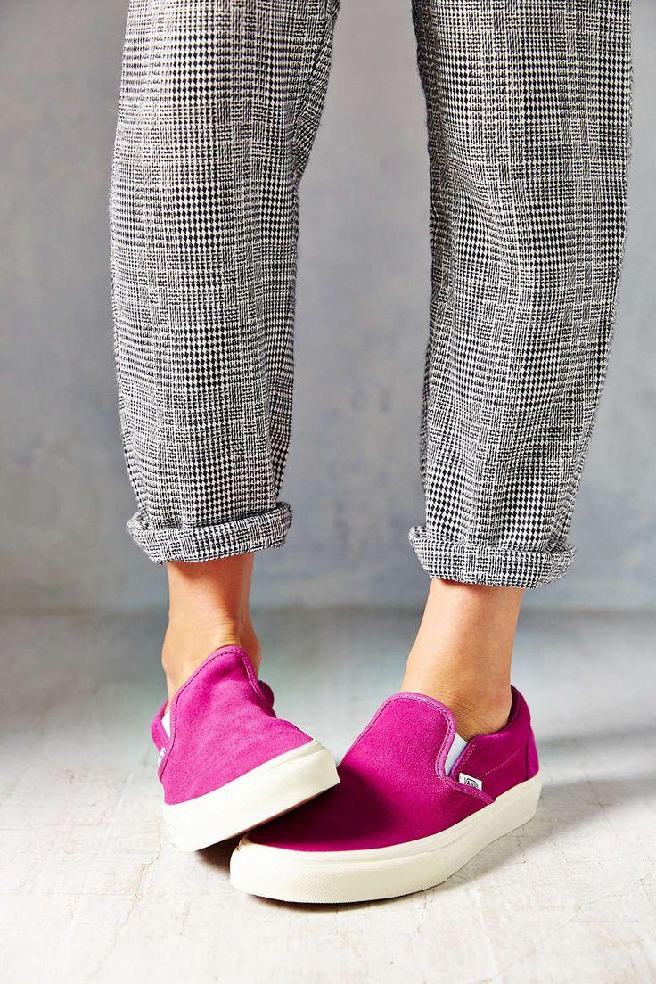 Vans Classic Suede Slip-On Women's Sneaker