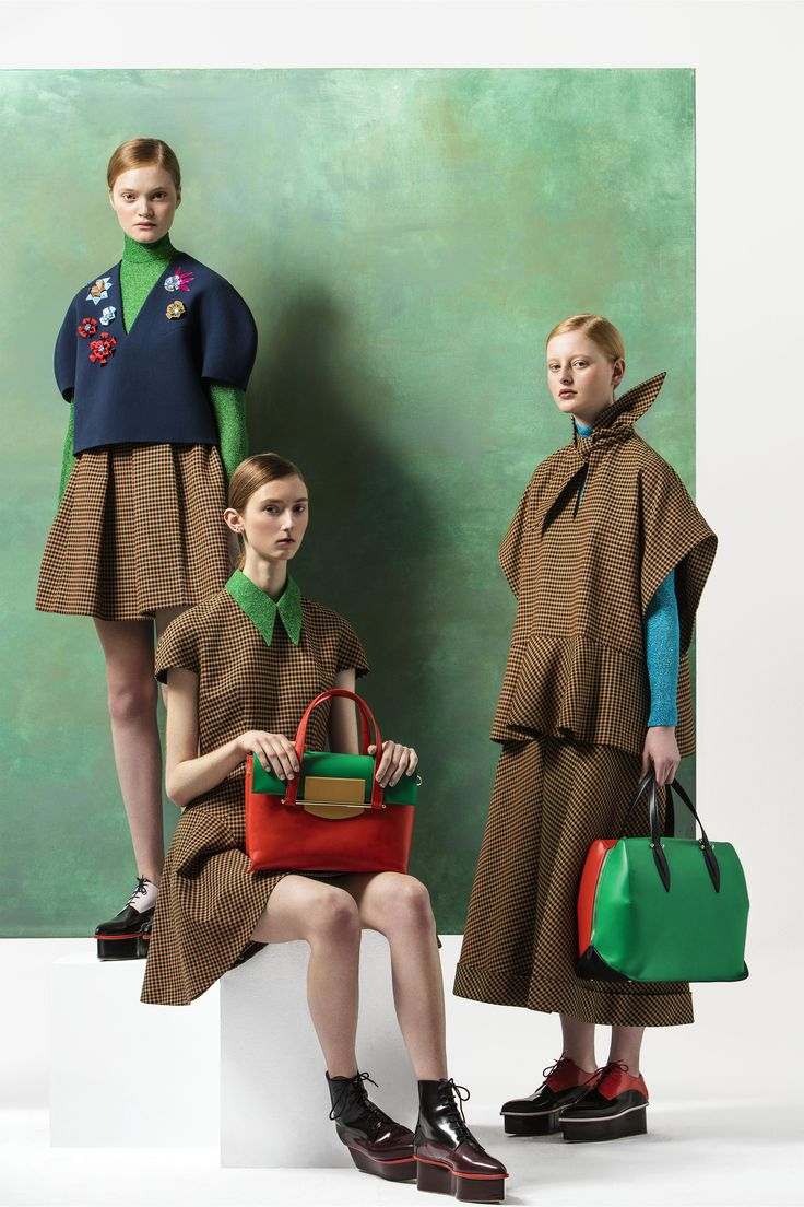 #Delpozo launch its Pre-Fall 2016 Collection. Discover it at http://www.Delpozo.com