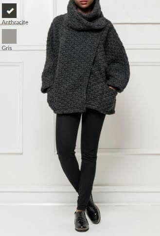 Manteau ample made in Italie à découvrir sur alessandrajadeshop.com