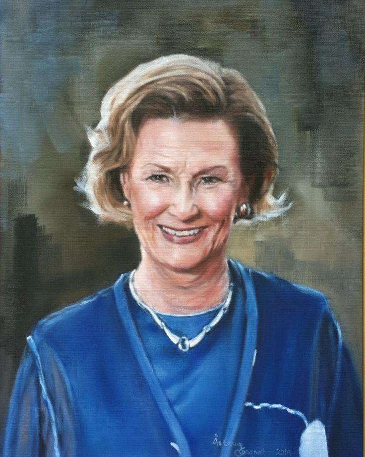 Sonja, Queen of Norway,   oil on linen