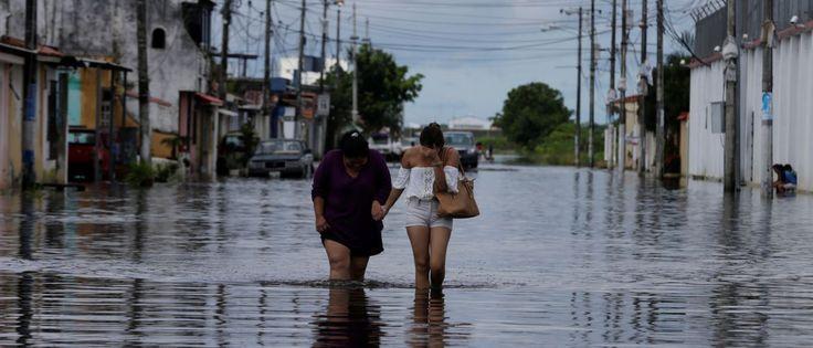 InfoNavWeb                       Informação, Notícias,Videos, Diversão, Games e Tecnologia.  : Recife registra duas mortes causadas pelas chuvas ...