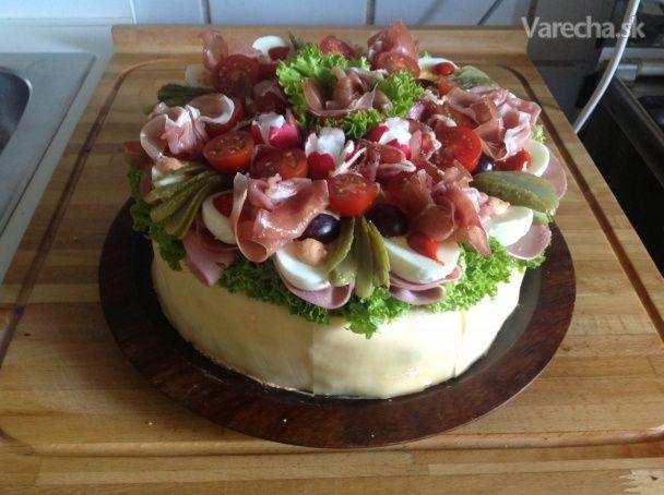 Obložená misa ako torta (fotorecept)