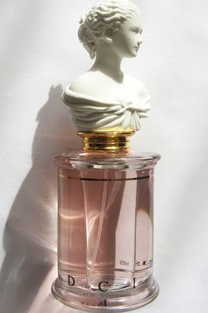 Promesse de l'Aube, MDCI, 2006 (Oriental Floral)