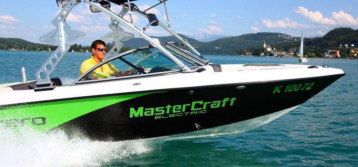 #mastercraft #murenygroup #mureny #x1 #zeroelectric   51,6 km/h !!!!!! Die schnellste E(lektro)-MasterCraft!  Trotz 3-4 Windstärken und Welle mit 2-3, konnten wir heute am 26.04.2012, trotz widriger Umstände, am Wörthersee stolze 51,6 km/h messen.  UPDATE: Anfang Juni 2012 konnten wir via GPS 54,6 km/h messen!  X1-Zero von MasterCraft Boote Mureny