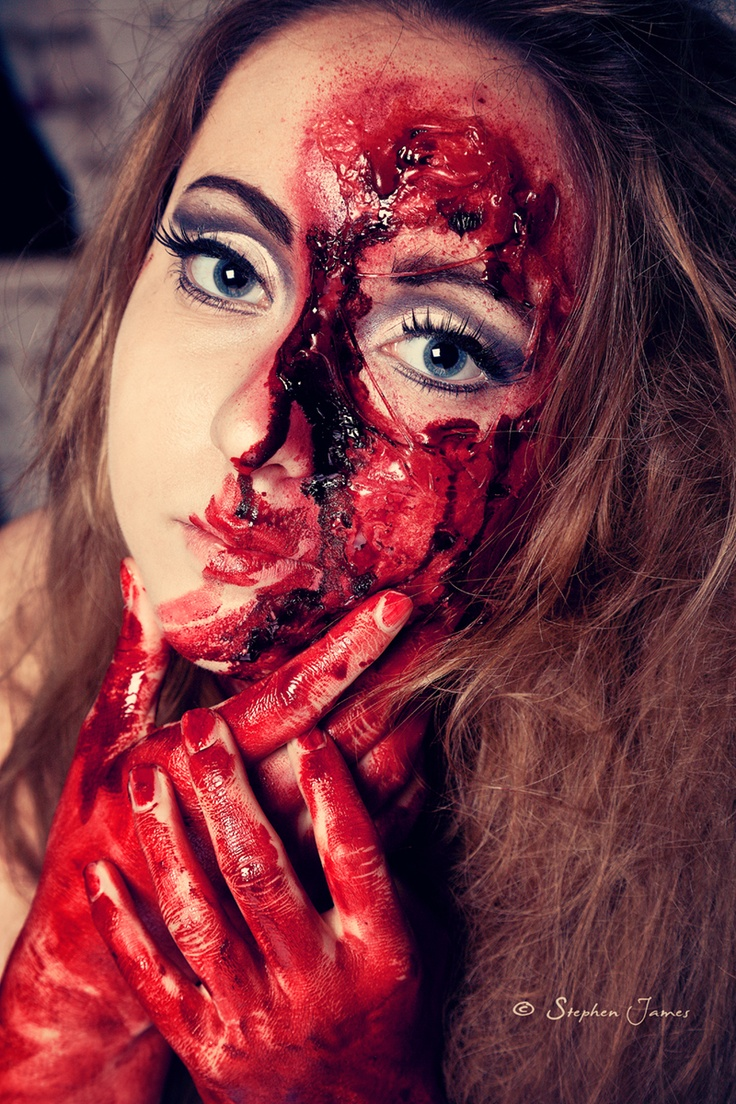 Zombie Make-up   © StephenJames@darby.biz