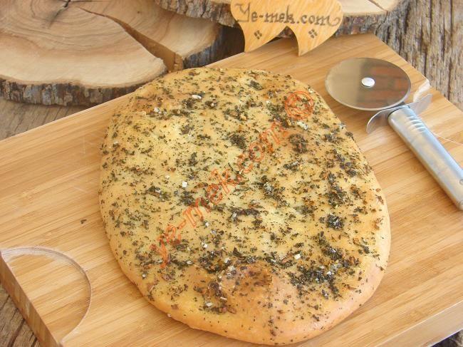 Focaccia İtalyan Ekmeği Resimli Tarifi - Yemek Tarifleri