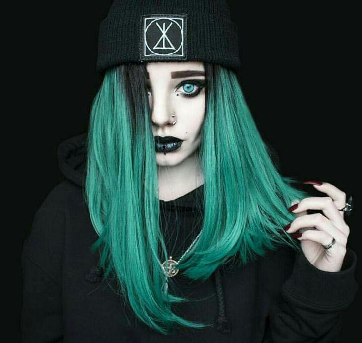 Yo she's really pretty