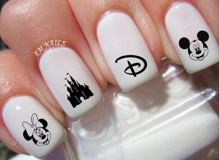 Pin for Later: Injectez un Peu de Magie Dans la Vie de Vos Proches Avec Ces Cadeaux Disney Stickers Nail ArtDisney (3€)