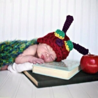 Willow- Massa Photography  and Niccupp Crochet: Photography Maternity, Book Worms, Newborns Photography Props, Niccupp Crochet, Crochet Creations, Massa Photography, Baby Photography, Photographers Newborns, Photography Inspiration