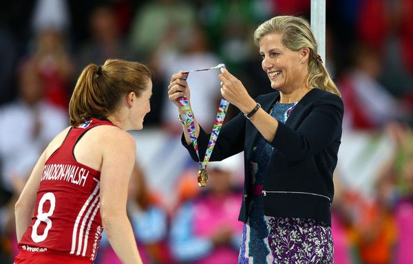 Countess of Wessex Photos - Sophie, Countess of Wessex presents a gold medal to Helen Richardson-Walsh of England following victory during the EuroHockey Womens Gold Medal match between England and The Netherlands at Lee Valley Hockey and Tennis Centre on August 30, 2015 in London, England. - Unibet EuroHockey Championships - Day Ten