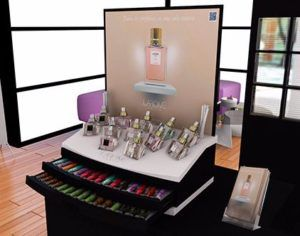 Los perfumes Aura de Lidl son fabricados y comercializados por la empresa Lidl Stiftung & Co. KG, una empresa minorista fundada en 1973 de origen alemán con negocios en diferentes ramos como alimentación, droguería, complementos y perfumería. En España ha tenido un constante crecimiento y se ha destacado en el área de cosmética y artículos… Read More »