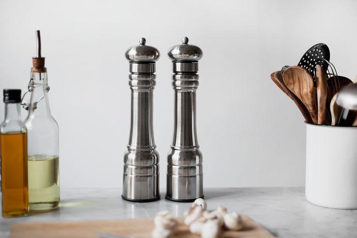 Peppar- och saltkvarn rostfritt stål 30 cm #saltkvarn #pepperkvarn #keramisktmalverk #williambounds