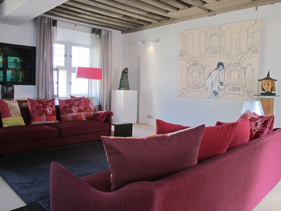 Beaubourg Terrace - Two bedroom apartment in paris, 60 m2, bathroom with bath, separate wc, on the 8th floor, with elevator, sleeps up to 4.  www.myparisrental.com