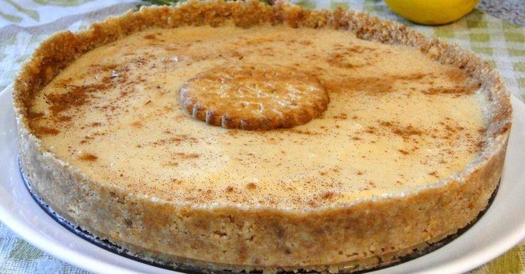 Si tienes pensado preparar unas natillas caseras, con una base de galletas y gelatina, conviértelas en una tarta sensacional.