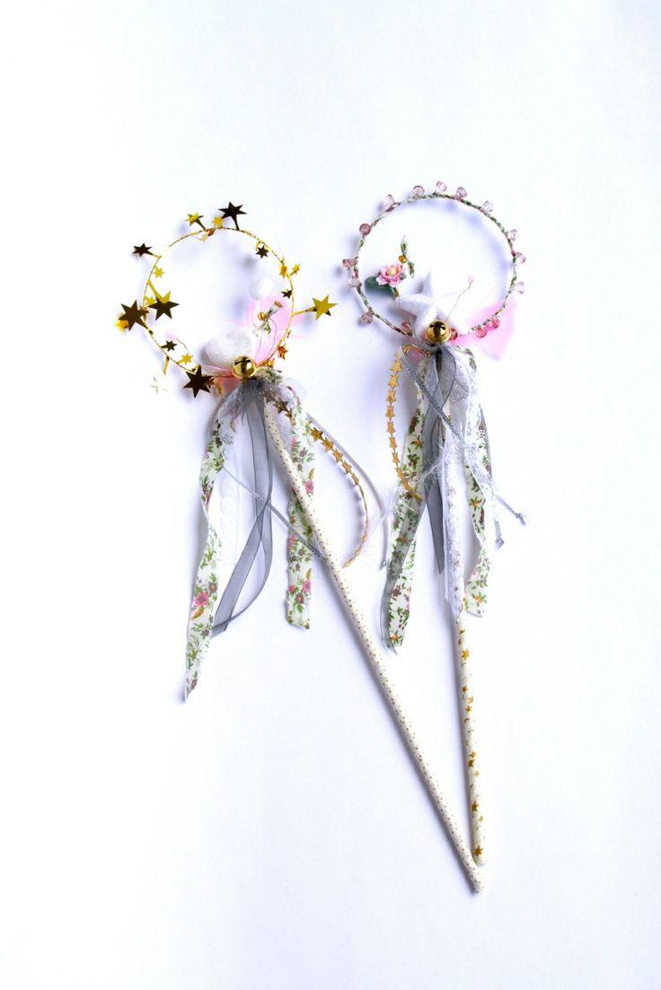 Accessoire indispensable pour compléter la  tenue de princesse (Disponible en boutique à 36€)
