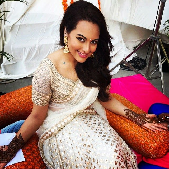 www.finesse.in Sonakshi Sinha saree
