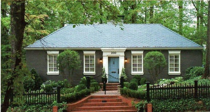 477 best images about painted brick houses on pinterest - How to paint a 2 story house exterior ...