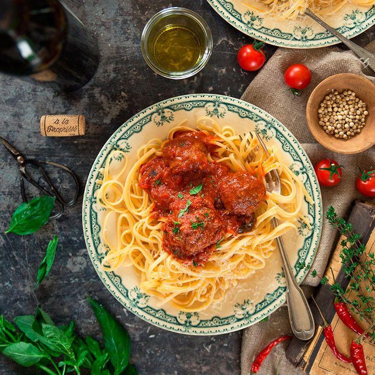Polpettes épicées aux amandes et spaghettis Fraise & Basilic