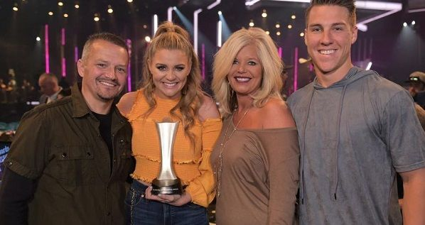 Lauren Alaina Lifestyle Wiki Net Worth Income Salary House Cars Favorites Affairs Awards Family Facts Lauren Alaina American Idol Country Music News